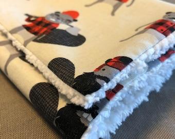 Boy's 9x16 Chenille Burp Cloth
