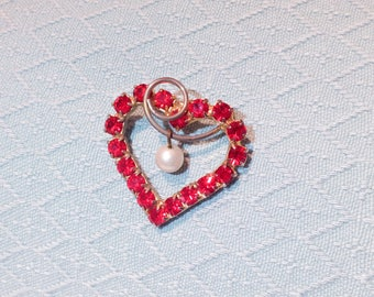 Vintage Red Rhinestone Heart Pin Brooch with Pearl Bead Dangle