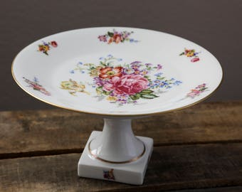 Limoges Cake Stand | Floral Bunch | 9 inch | Cake Plate | Display | White | Gold Trim