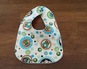 Owl Dots in Green Newborn Bib