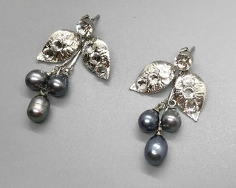 Pearl earrings, wedding earrings, Swarovski crystal earrings, bridal earrings, bridesmaid earrings