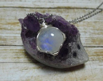 Moonstone Necklace, Moonstone Pendant, Crystal Necklace, Bohemian Jewelry, Rainbow Moonstone Jewelry, Gift for Her, Silver Gold Sterling