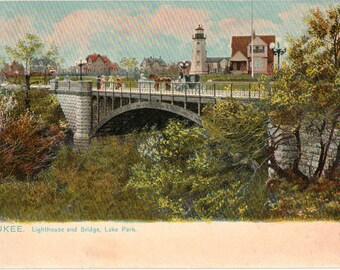 Vintage Postcard,  Milwaukee, Wisconsin, North Point Lighthouse, Lake Park, ca 1920