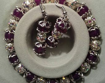 Beautiful Stretch Bracelet and Earring Set/purple & crystals