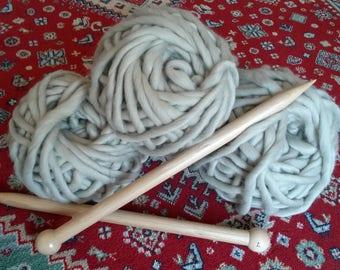 Kit 3 balls coverd super bulky beige + needles XXL 25 mm - 50 cm beech.