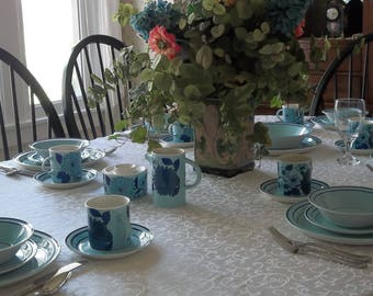Vintage Near Mint Condition Set of Five Brendan Erin Stone, Arklow Ireland, Blue Zinnia, Set Includes 2 Plates, 1 Bowl, 1 Cup and 1 Saucer