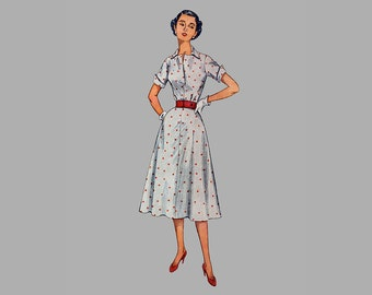 1951 Dress pattern, Simplicity 4284 Bust 37 inches, Pointed collar, Open placket at front neck, Flared skirt with sice pockets, cuff sleeves