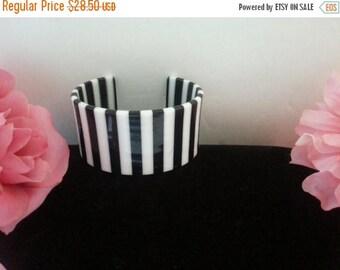 ON SALE Black & White Cuff Bracelet, Vintage Striped Cuff