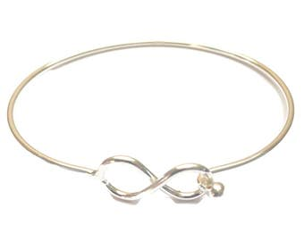 Sterling Silver Wire Infinity Bangle,Solid Silver, Minimalist Bangle.