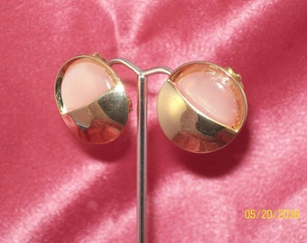 Vintage Pink Thermoset Clip Earrings