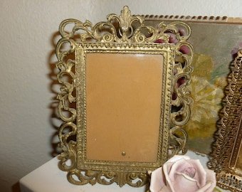 Vintage Highly Detailed Gold Tone Time Worn Picture Frame 1950's-1960's