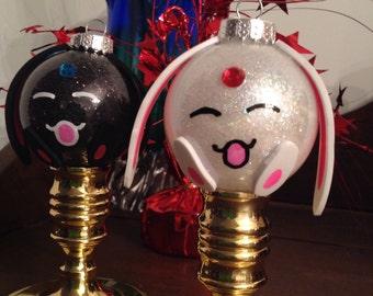 Makona Ornaments