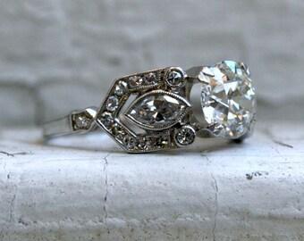 Stunning Vintage Art Deco Platinum Diamond Engagement Ring - 2.58ct.