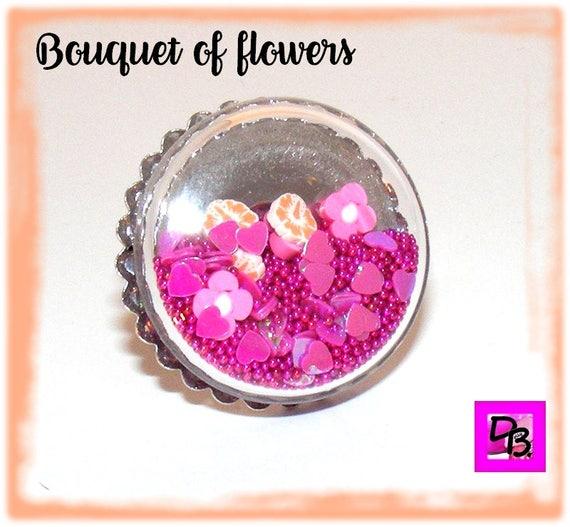 Bague globe [Bouquet of flowers]