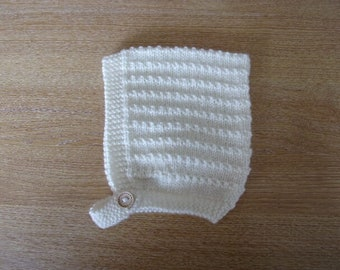 Cream Baby Hand Knitted Pixie Hat Size 6 ~ 12 months