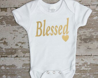 newborn Romper, creeper Blessed, baby Creeper personalized, newborn outfits, newborn clothing, sayings, t-shirts, gold foil