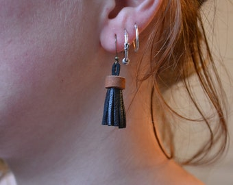 Earrings elegant leather