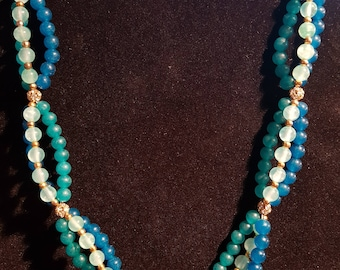 Necklace made of jade and Swarovski crystals