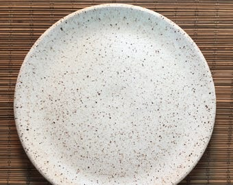Set of 6 Rustic Dinner Plates - Made to Order - Handmade Stoneware Dinner Plates - Beige Speckled Plates - Ceramic Plates - Dinner Plates