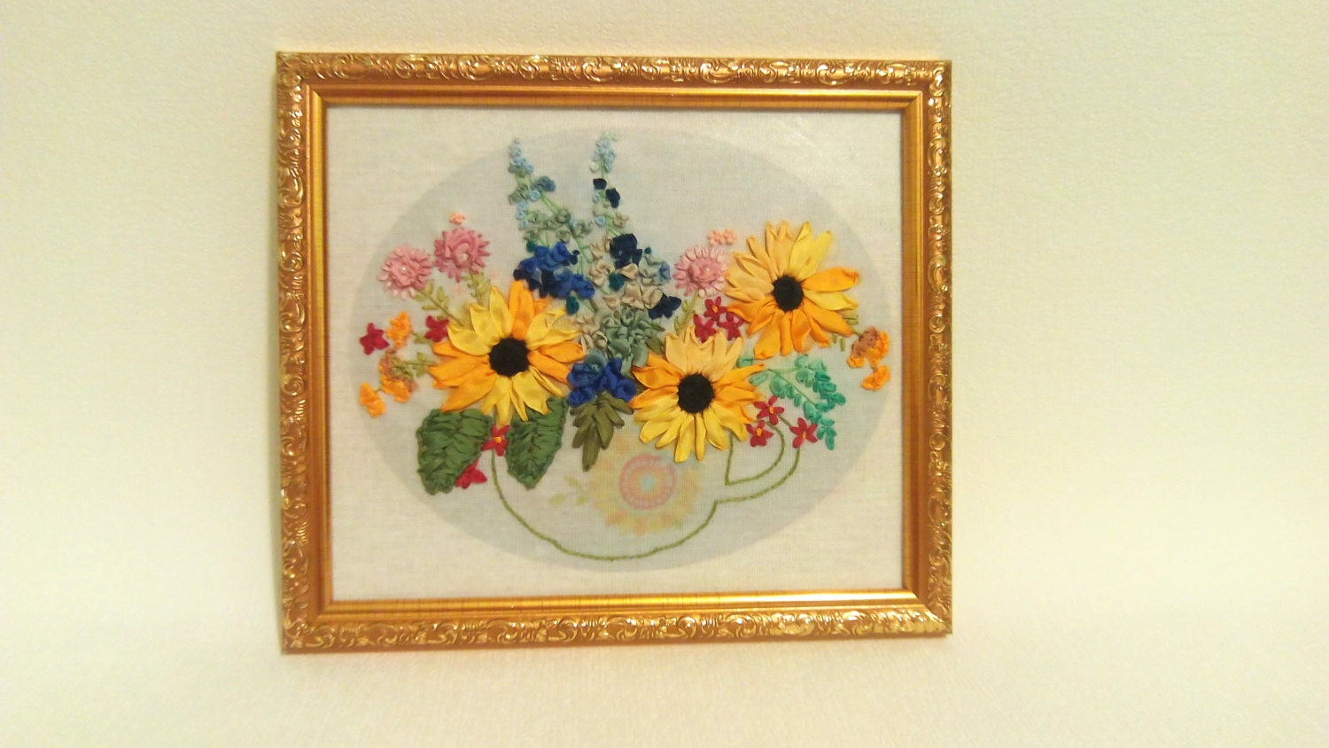 Silk ribbon embroidery picture Silk ribbon embroidery flowers ...