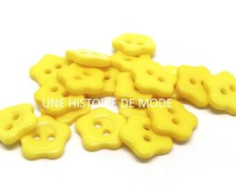10 buttons 12 mm yellow resin flower