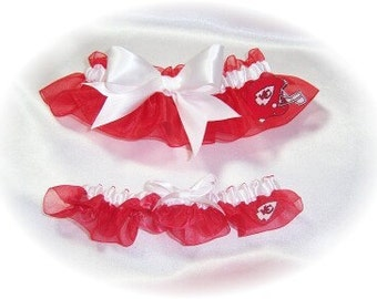 Kansas City Chiefs Wedding Garter Set   Handmade   Keepsake and Toss rww
