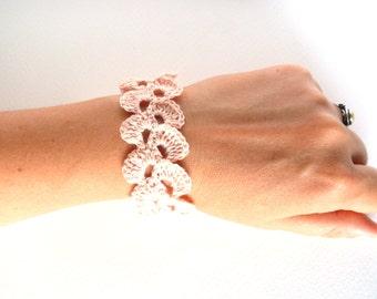 Crochet bracelet, Birthday gift, Shabby chic bracelet, light pink linen bracelet, lace trim bracelet, wedding romantic bracelet, wide cuff