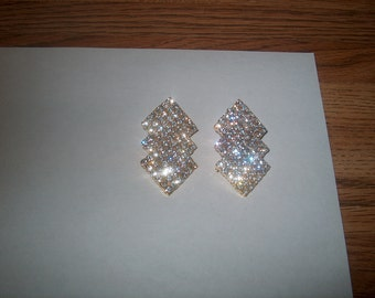 Vintage Costume Jewelry Rhinestone Clipback Earrings, Goldtone Metal