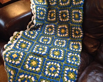 Vintage Handmade Large Granny Afghan, Blue/Olive/Yellow/White, Scalloped Edged!