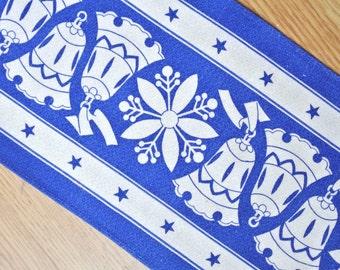 Swedish retro vintage 1950s printed blue/ white cotton christmas snowflake/ bell motive design tabelcloth runner