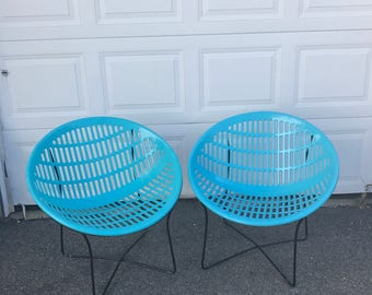 Mid Century Basket Chair Saucer Chair Modern Vintage Blue Molded Plastic  Atomic Solair Chair