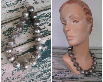 Pewter Chunky Baubles Necklace// Short// Screw Fastener