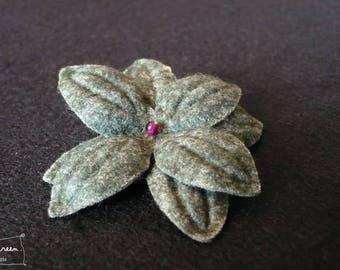 """Nimue"" Midnight blue plum Pearl flower hair clip"