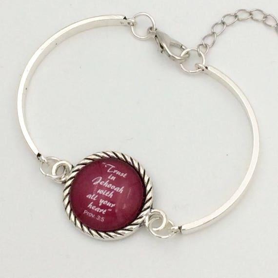 "JW Bracelet .   ""Trust in Jehovah"" Red. Silver-tone setting, Adjustable size. Blue Velvet Gift Bag! #111"