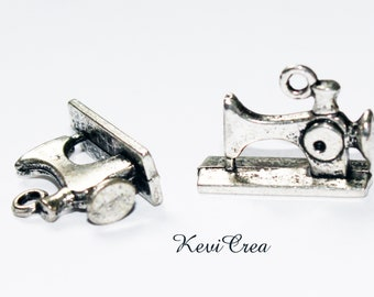 4 x machines sewing 3D silver metal