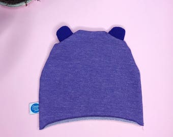Newborn baby hat in soft purple cotton gauze mélange with purple ears