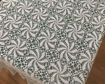 Vintage Crochet Tablecloth/ White Tablecloth Pinwheel Pattern/ Rectangular Hand Crocheted White Tablecloth/ Vintage Crocheted Table Linens,