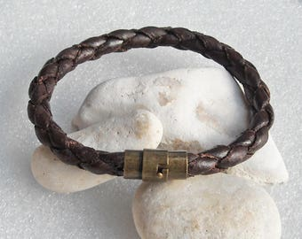 Brown leather bracelet, hand braided with brass magnetic clasp.  Choose size you want while ordering. Dark brown men's braclet.  S-44