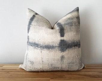 Authentic Mudcloth Pillow, Mali Bogolan, Shibori, Tie-dye, Gray