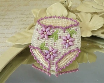 Big Girl Panties Brooch - Seed Bead Brooch - Bead Embroidery Jewellery - Courage Gift - Supportive Gift - Gift For Her - Inspirational Gift