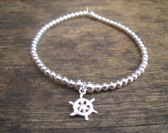 925 Sterling Silver Elasticated Bracelet with Boat Wheel Charm