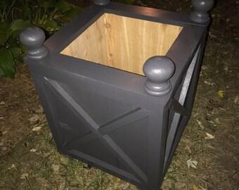 Cedar planter box/Planter/Wood planter/Cedar box/Outdoor wood planter/Outdoor garden box/Patio box