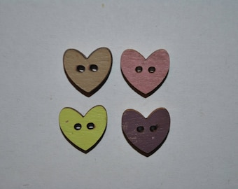 set of 4 buttons wood heart child/baby/sewing/scrapbooking/deco 58