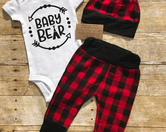 Baby bear outfit, coming home outfit, buffalo plaid, Baby boy & girl clothes, outfit sets, red and black plaid, Christmas outfit, baby gift