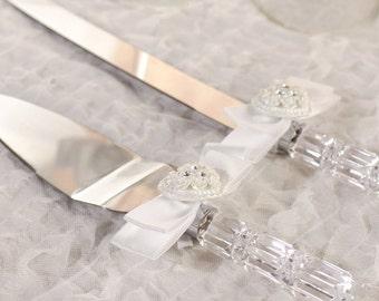 Rhinestone Pearlized Heart Rose Bouquet Wedding Cake Server Set - Custom Engraving Available - 55405