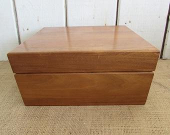 Decatur Humidor, Vintage Decatur Humidor, Cigar Storage, Tobacciana, Humidors, Home Decor, Man Cave Items, Humidors, Decatur Collection