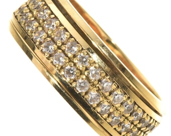 Vintage 18K Gold Diamond Wedding Ring 1980s Ladies One Of A Kind Size 6-1/2
