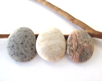 Rock Pendants Undrilled Beach Stones Mediterranean River Stone Beads Natural Stone DIY Jewellery Cabochon SMOOTH PENDANTS 32-33 mm