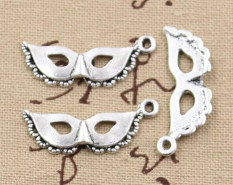 lot 5 Carnival mask charms