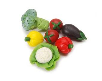 Miniature Vegetables~ Dollhouse Food ~ Diorama ~ Fairy Garden ~ 7 pieces Assorted Produce